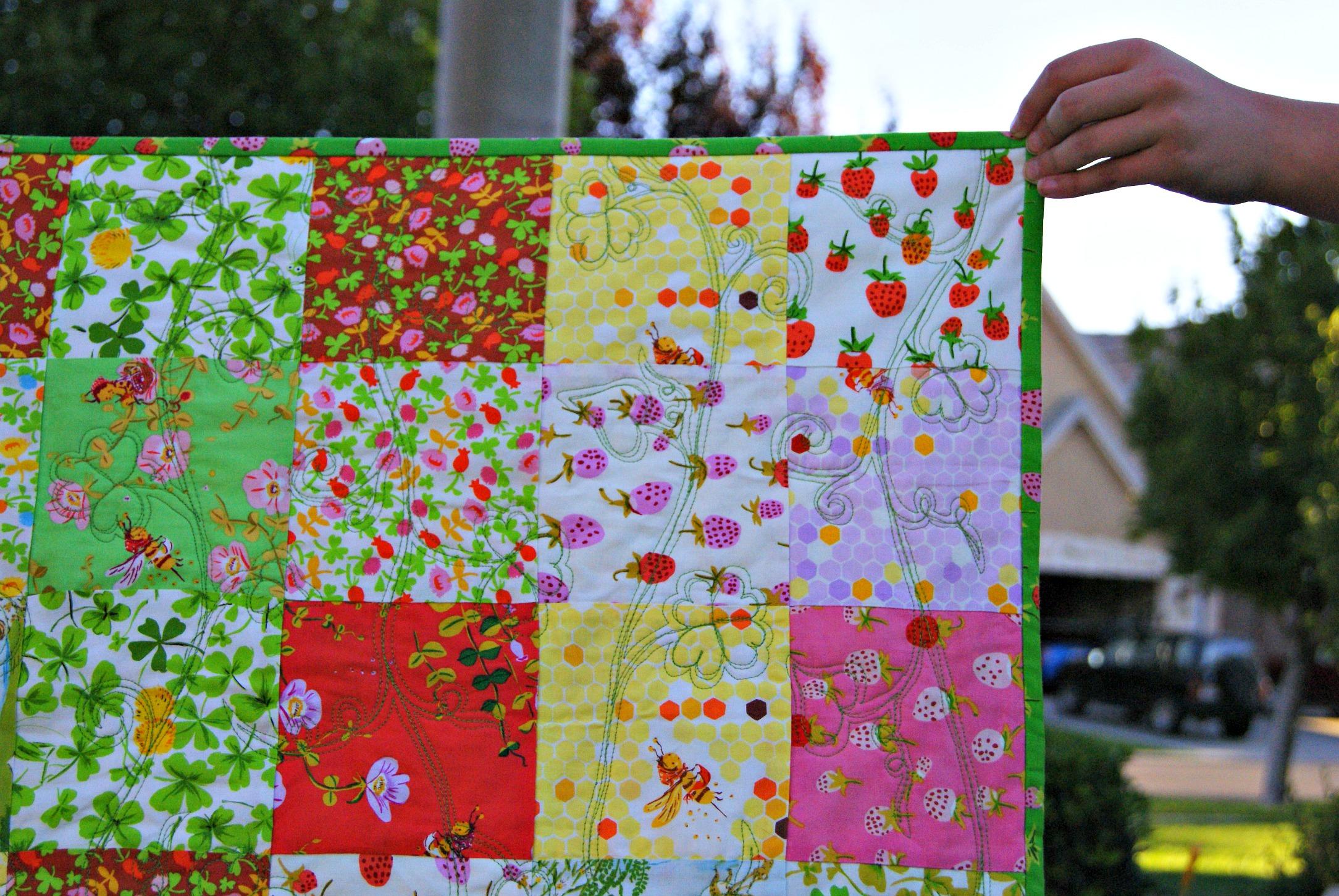 Briar Rose baby quilt made by Cara Brooke @ thatcraftycara.com